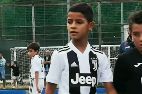 4 buts pour Ronaldo … Junior !